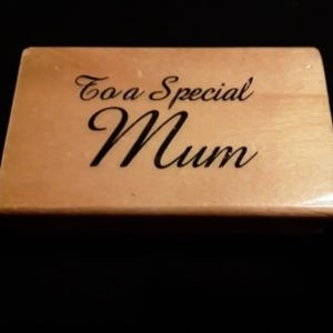 """Wooden Stamp says """"To A Special Mum"""" New"""